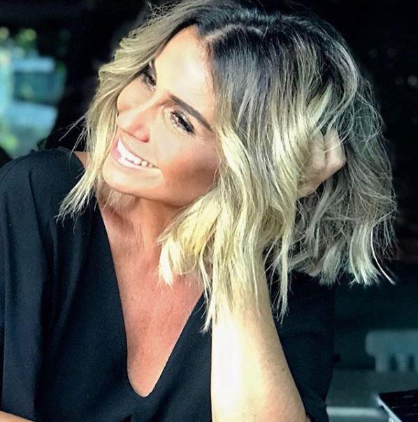 0b539083a Giovanna Antonelli  novo look demorou 8 horas no cabeleireiro
