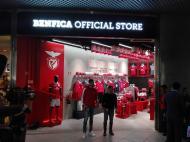 Jardel  - loja do Benfica aeroporto