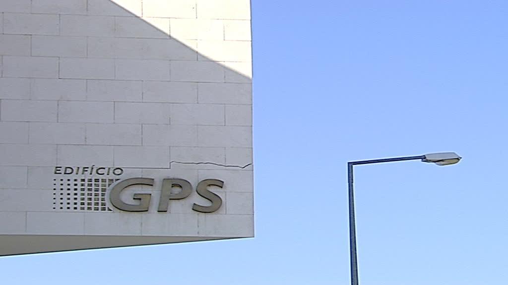 Colégios GPS: dinheiros públicos desviados para vícios privados