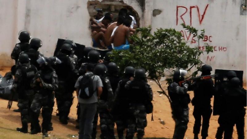Motim e tentativa de fuga em prisão - Brasil (arquivo)