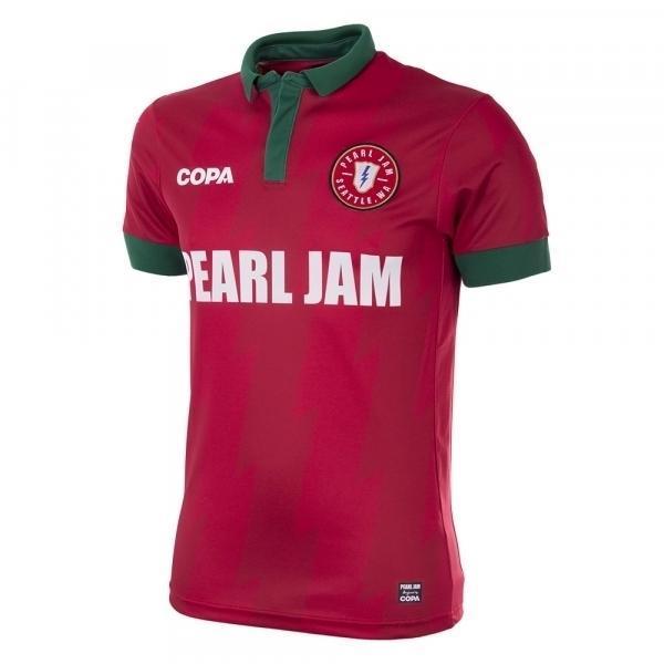 FOTOS  banda Pearl Jam lança linha de camisolas de seleções ... 5905d5f1213be