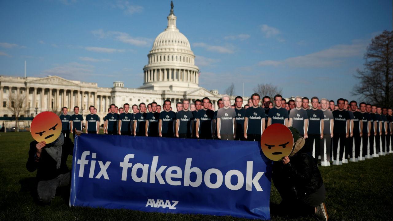 O escândalo que envolve o Facebook e a Cambridge Analytica