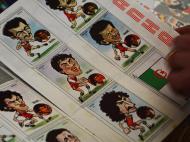 Caderneta do Mundial' 82 das caricaturas. Na imagem, o ex-FC Porto, Rabah Madjer (Foto: Ricardo Jorge Castro)