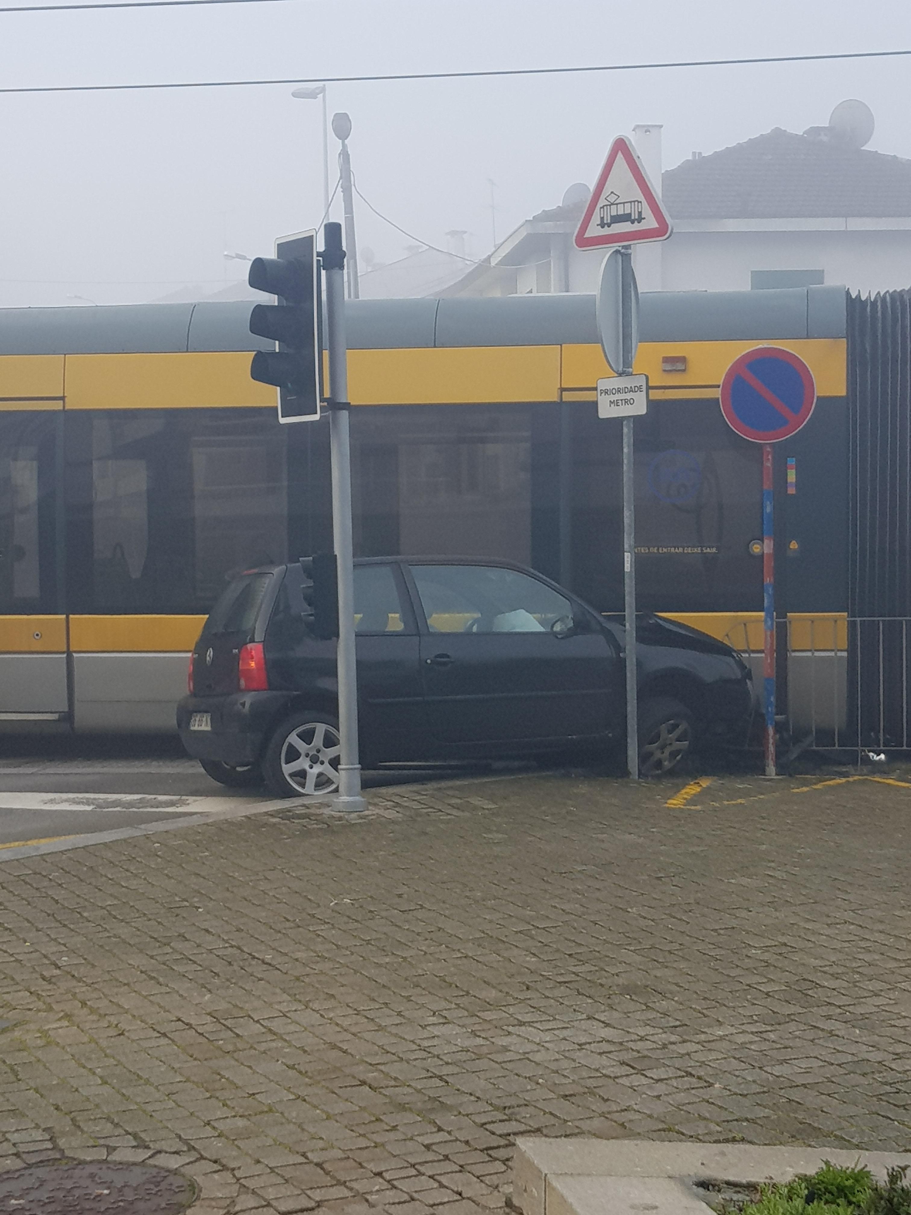Acidente com o Metro do Porto em Gondomar