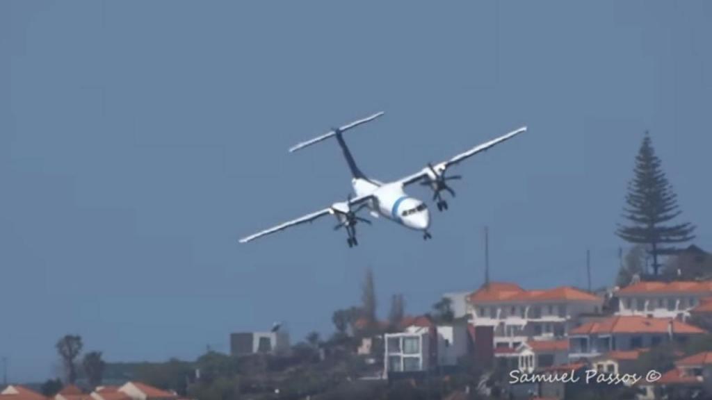 Avião da Sata luta contra ventos cruzados na Madeira