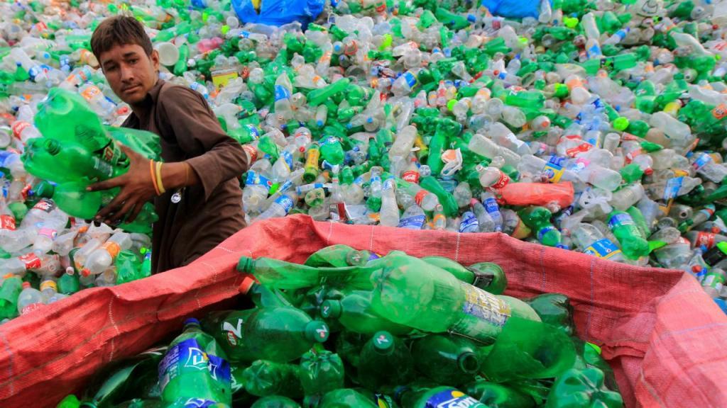 Garrafas de plástico (arquivo)
