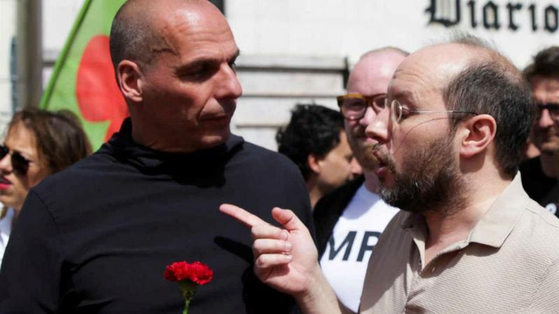 Ex-ministro das Finanças da Grécia, Yanis Varoufakis, conversa com Rui Tavares, do partido Livre