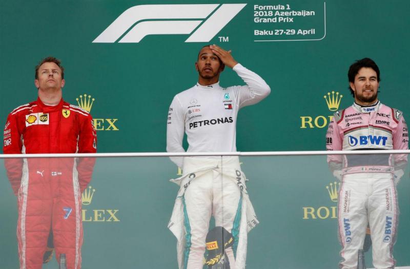 Raikkonen, Hamilton e Pérez (Reuters)