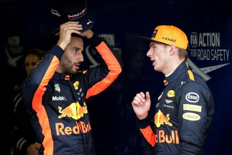 Daniel Ricciardo e Max Verstappen (Reuters)
