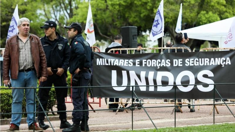 Vigília de polícias e militares em Belém