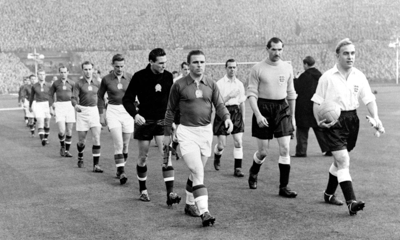846f32279bd6c Dossiers  A história do Campeonato do Mundo (1930-1970)
