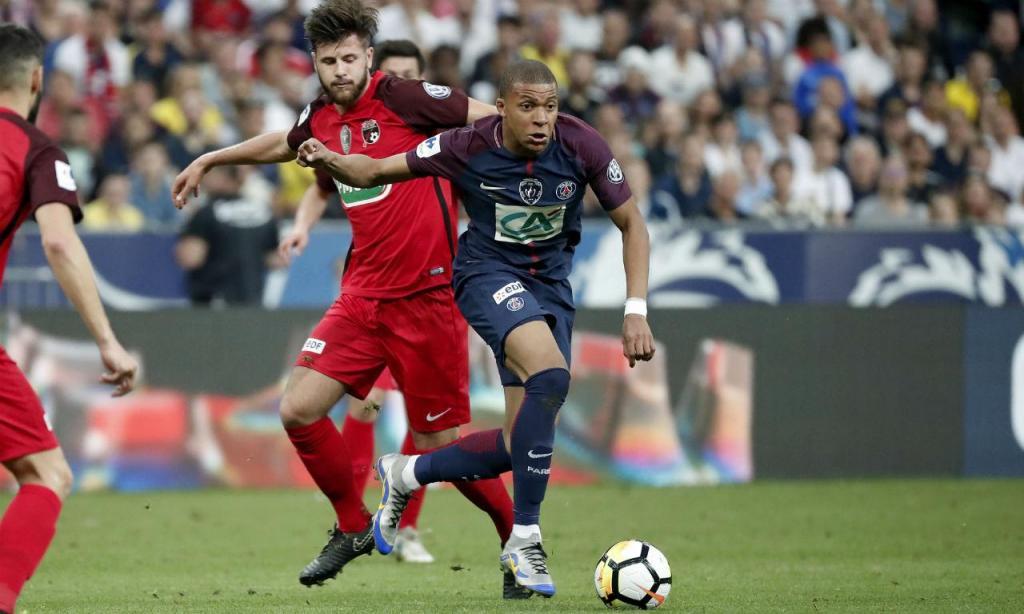 PSG venceu Les Herbiers e conquistou Taça de França (EPA/YOAN VALAT)