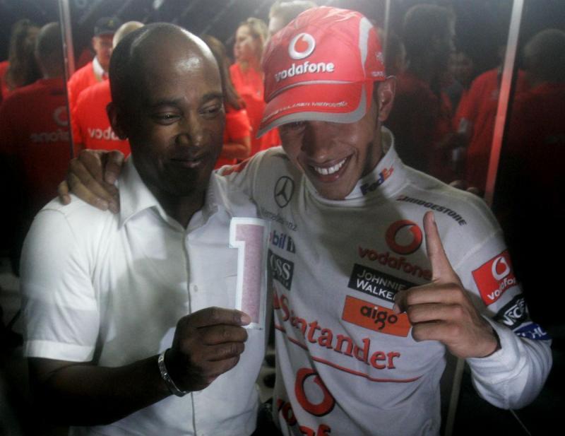 Anthony e Lewis Hamilton em 2008 (Reuters)