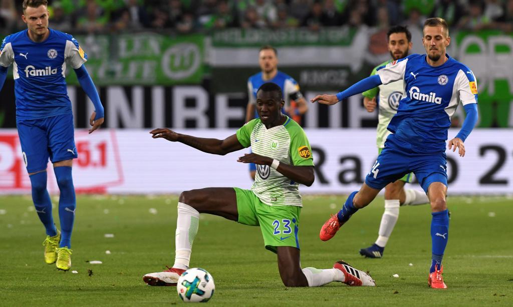 Bundesliga: Wolfsburgo bem posicionado para a manutenção