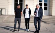 Gündogan e Özil foram recebidos pelo presidente da Alemanha