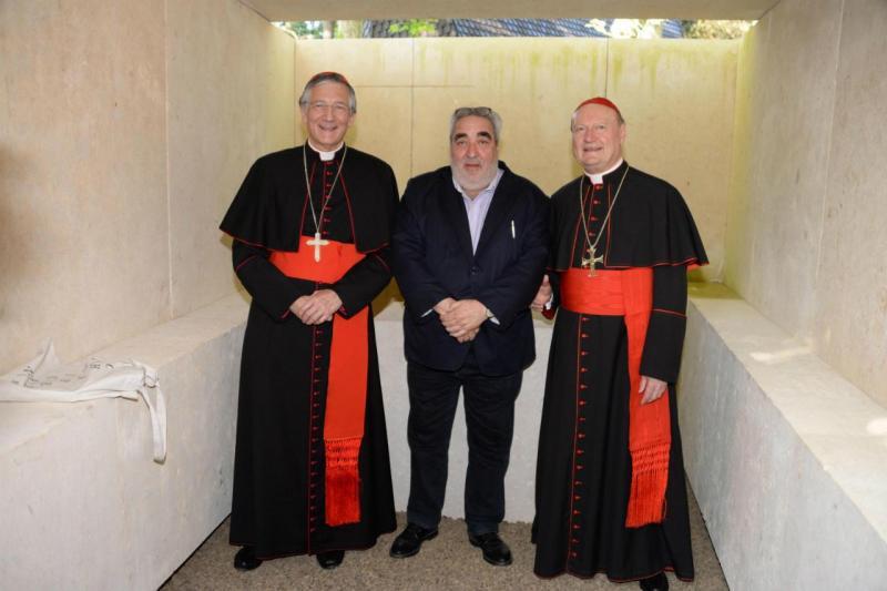 Arquiteto Souto de Moura com o cardeal Gianfranco Ravasi e patriarca de Veneza Francesco Moraglia