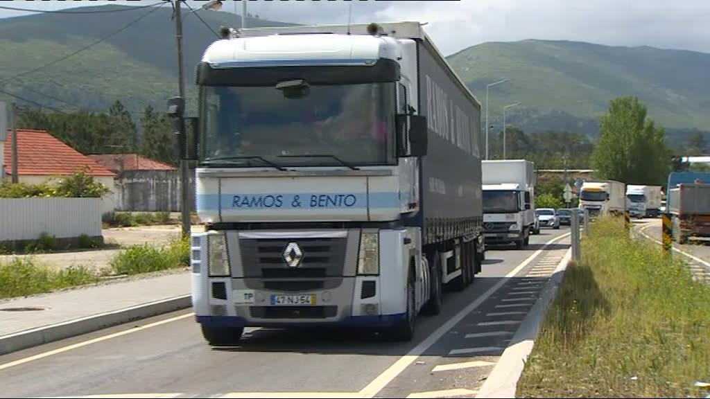 Camionistas dão quatro dias ao Governo antes de ponderar greve
