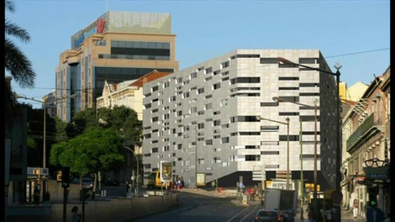 Ministério Público mete ação contra licenciamento do