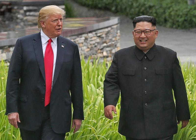 Donald Trump e Kim Jong-Un - Cimeira em Singapura