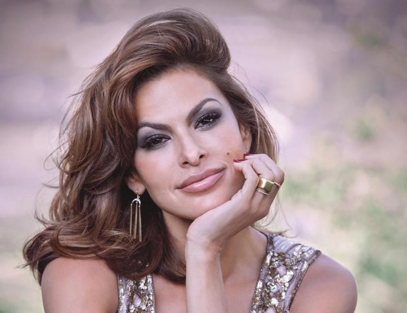 Aos 44 anos, Eva Mende...