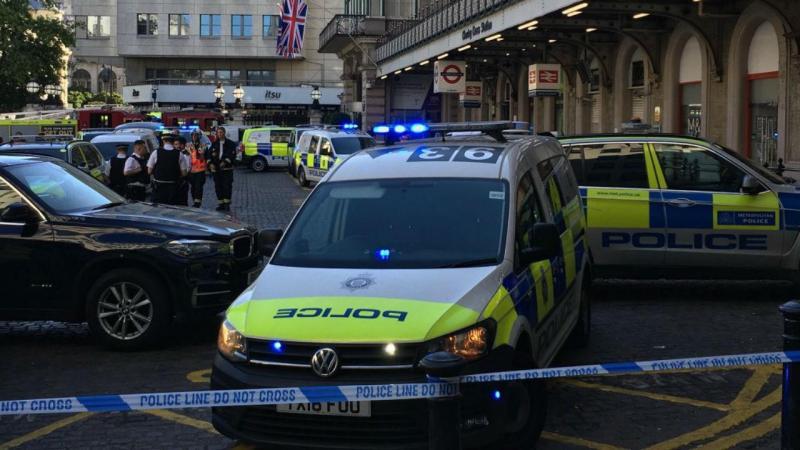 Polícia encerra estação em Londres após ameaça de bomba