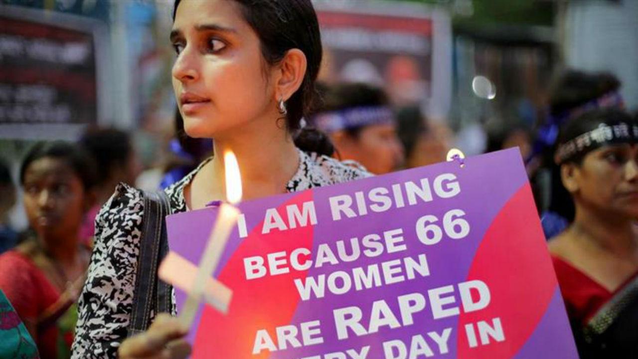 Ativista em Kathua, Índia
