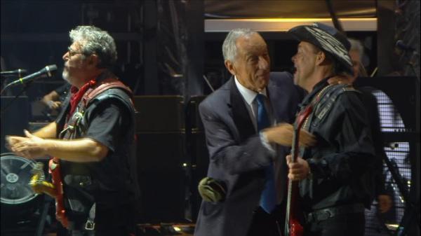 Marcelo E Costa Cantam A Minha Casinha Em Homenagem Z Pedro