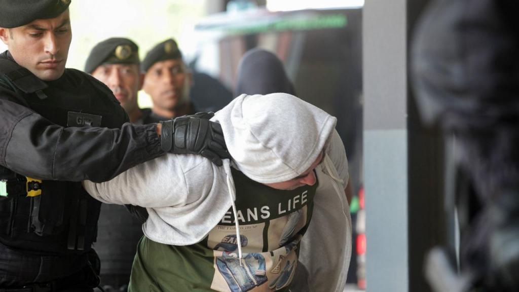 Chegada ao Tribunal do Barreiro dos oito novos arguidos suspeitos no envolvimento dos incidentes na Academia do Sporting