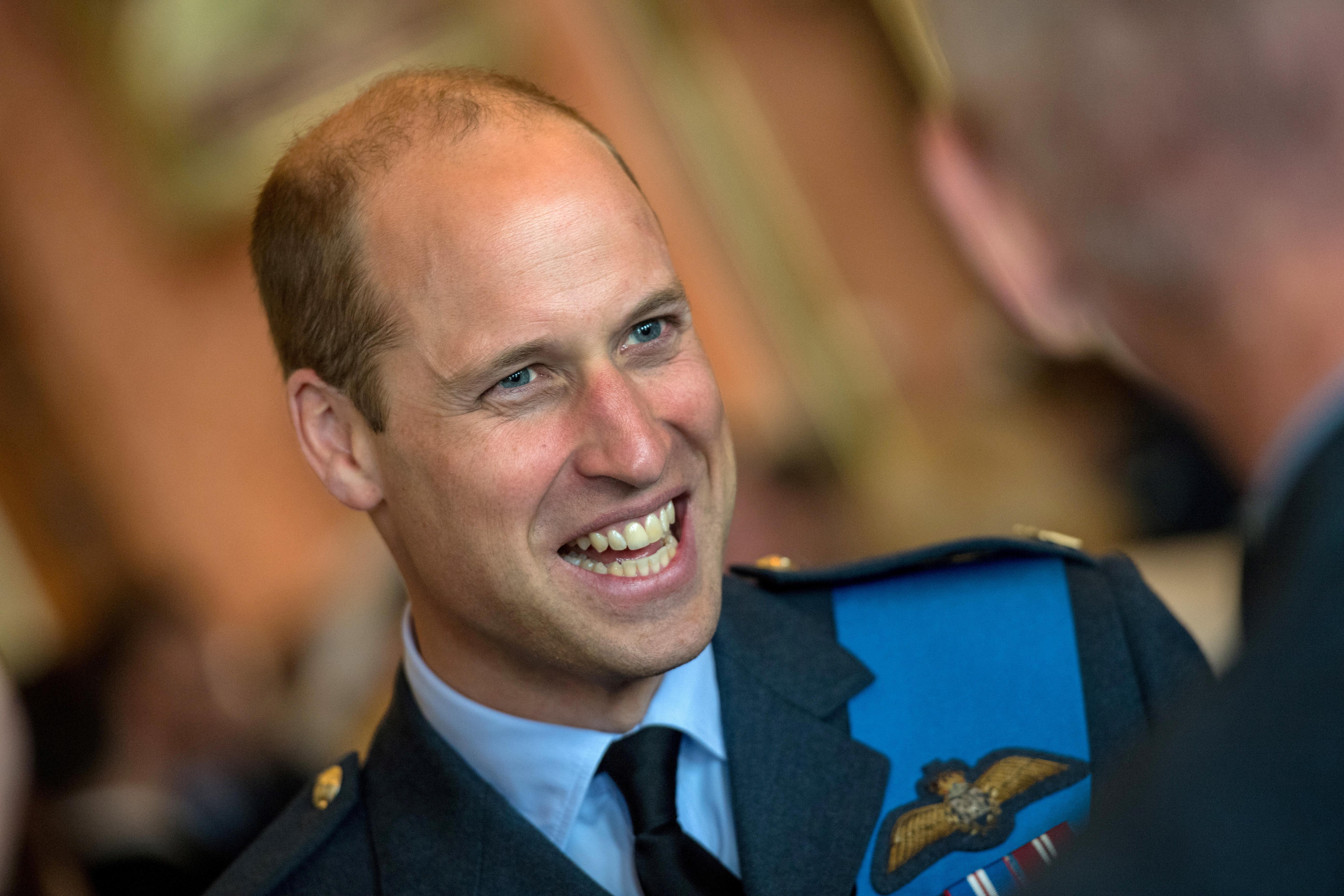 As semelhanças entre William e o Príncipe Carlos