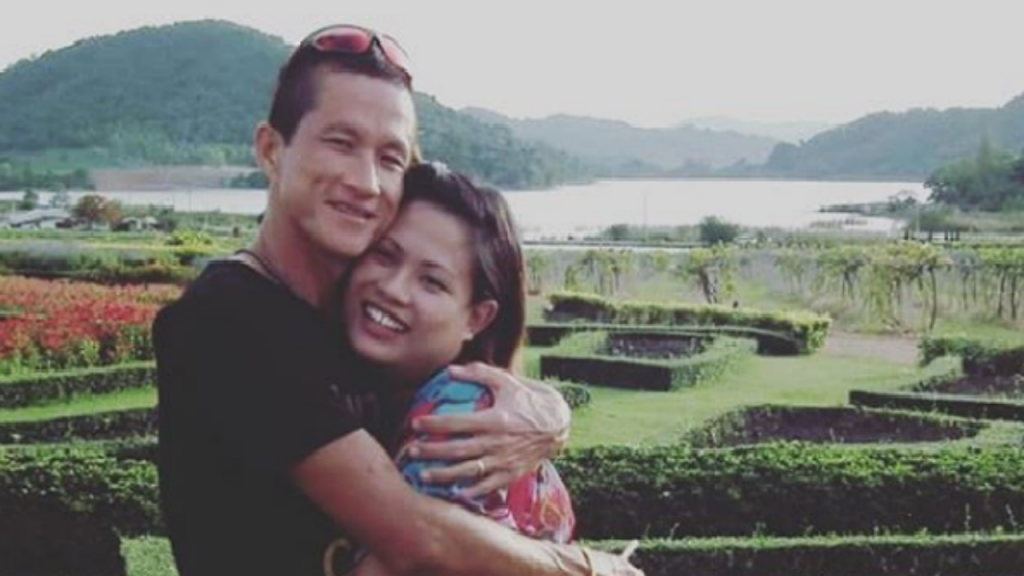 Viúva do herói tailandês quebra silêncio