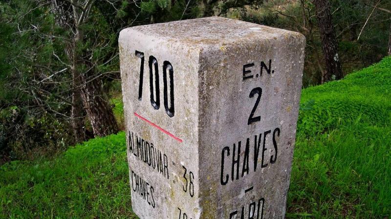Marco da Estrada Nacional 2