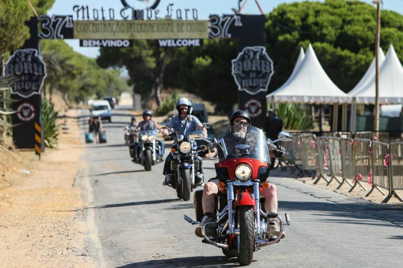 Motards juntam-se todos os anos por esta altura em Faro numa das maiores concentrações de motos da Europa