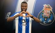 Mbemba é reforço do FC Porto (twitter FC Porto)