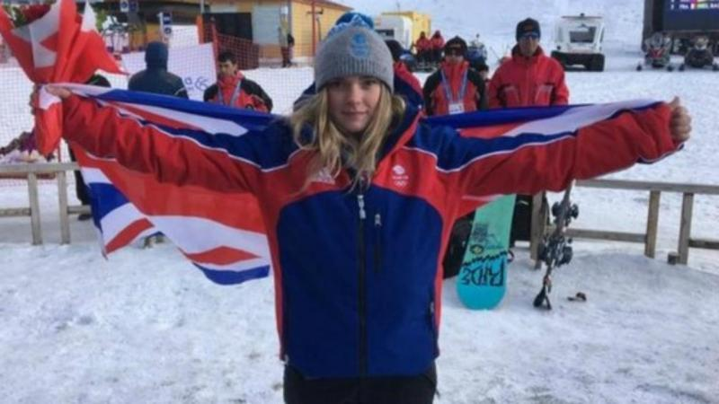 Snowboarder Ellie Soutter morre aos 18 anos