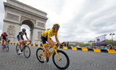 VÍDEO: vencedor do Tour pedala 36 horas pelo combate à covid-19