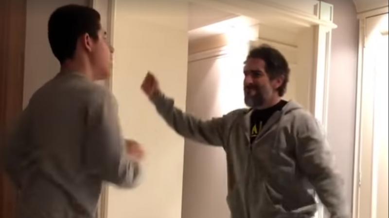 Marcos Mion partilha vídeo a dançar com o filho autista no Facebook