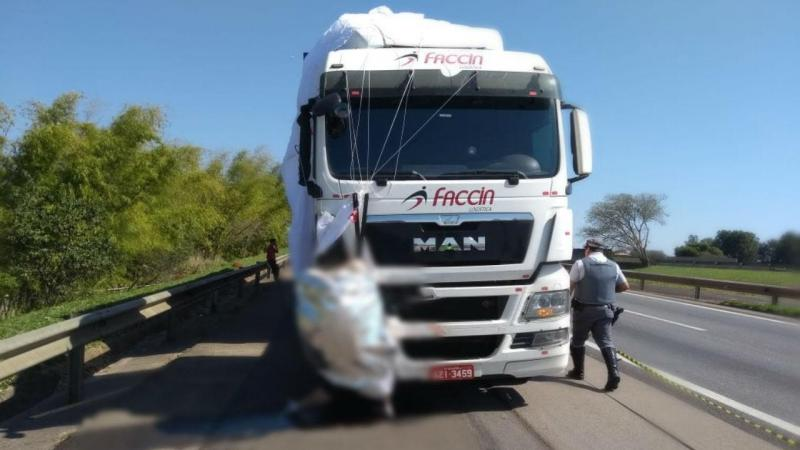 Paraquedista morre em embate com camião