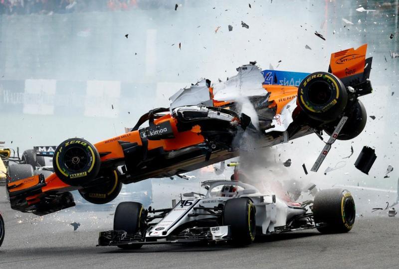 Fernando Alonso e Charles Leclerc (Reuters)
