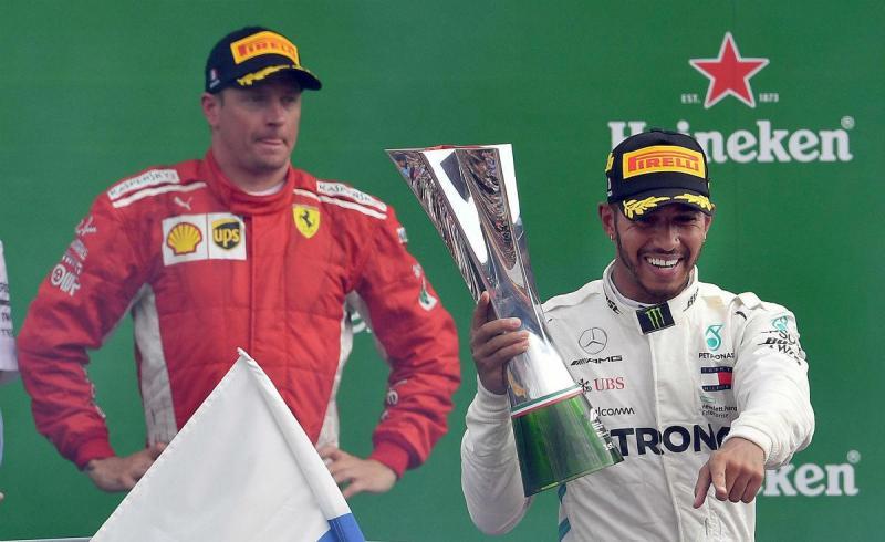 Kimi Raikkonen e Lewis Hamilton (Lusa)