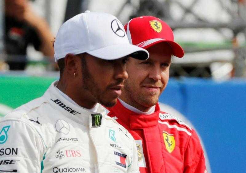 Lewis hamilton e Sebastian Vettel (Reuters)