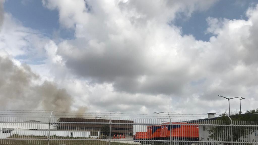 Incêndio em fábrica em Sintra