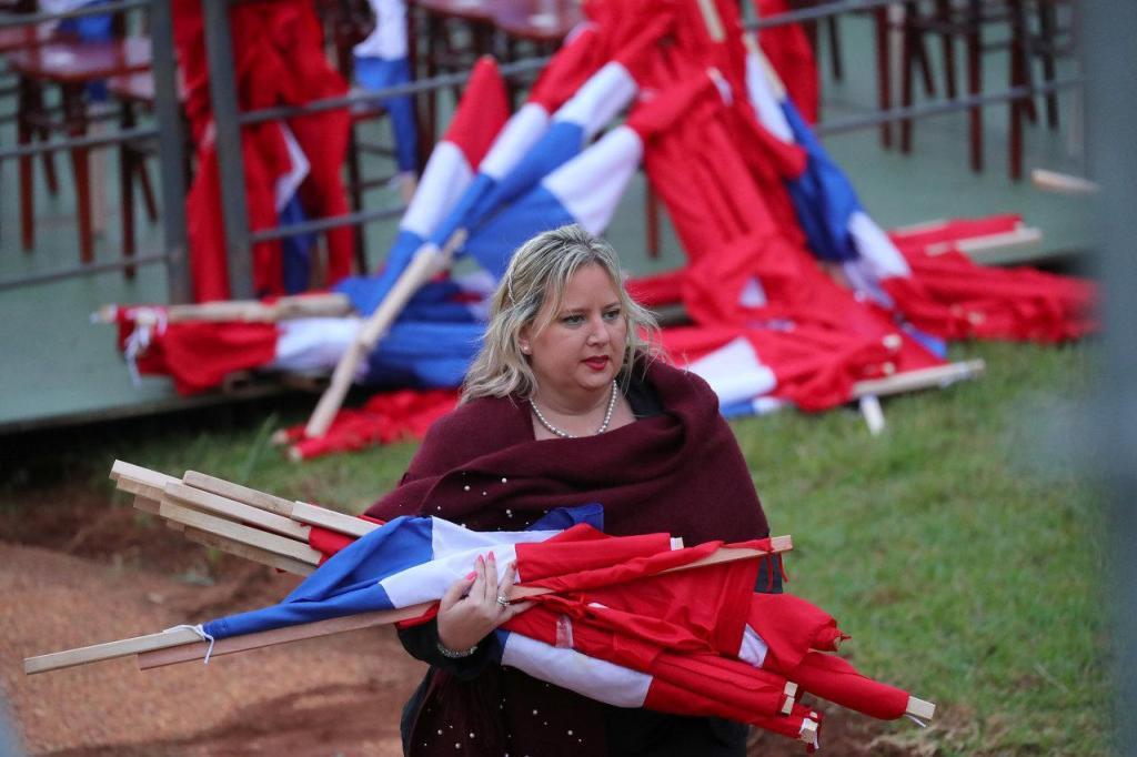 Paraguai - Bandeiras (arquivo)