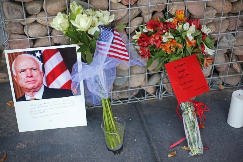 John McCain - cerimónias fúnebres