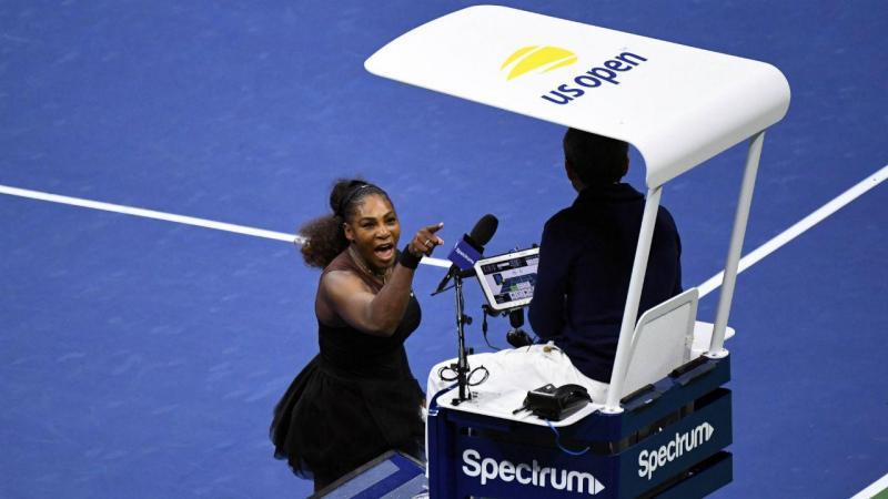 Serena Williams chama ladrão e mentiroso a árbitro português