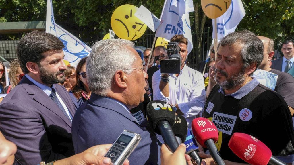 Tiago Brandão Rodrigues, António Costa e Mário Nogueira