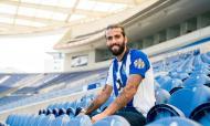 Sérgio Oliveira renova (twitter FC Porto)