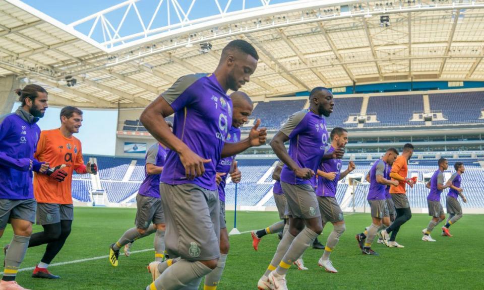 FC Porto: preparação para o V. Setúbal arranca com duas «baixas»