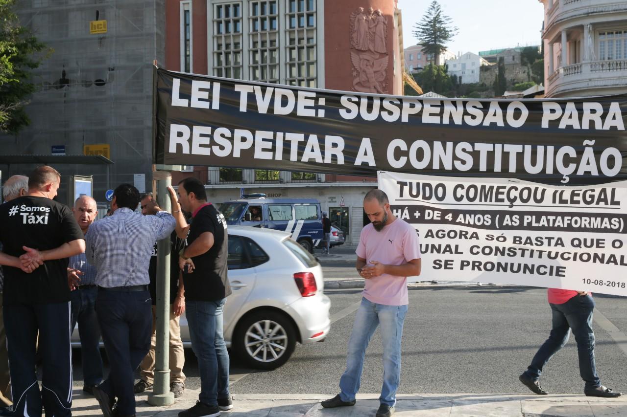 Segundo dia de protesto dos taxistas