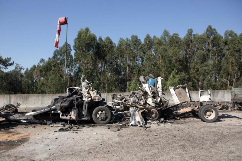 Acidente provocou a morte de seis pessoas no IC8