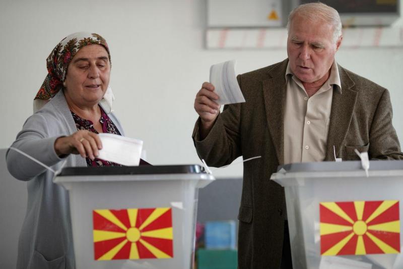 Eleitores da Macedónia decidem hoje o nome e o futuro do país